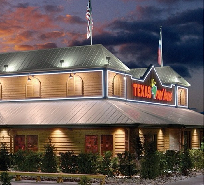 Texas Roadhouse Franchise: Costs, Profits, and More